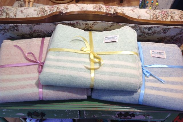 100% Canadian-made wool lap blankets