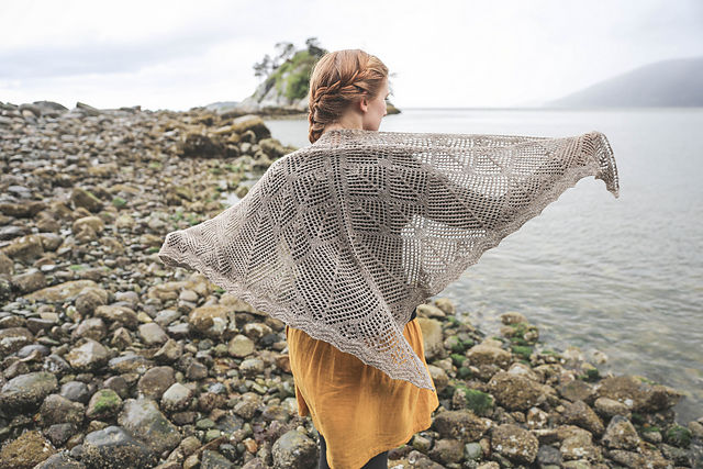 "<a href=""http://www.ravelry.com/patterns/library/granite-bay"">Granite Bay</a> © Sylvia McFadden"