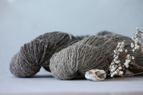 Heritage Industrial Dark and Light © Moeke Yarns