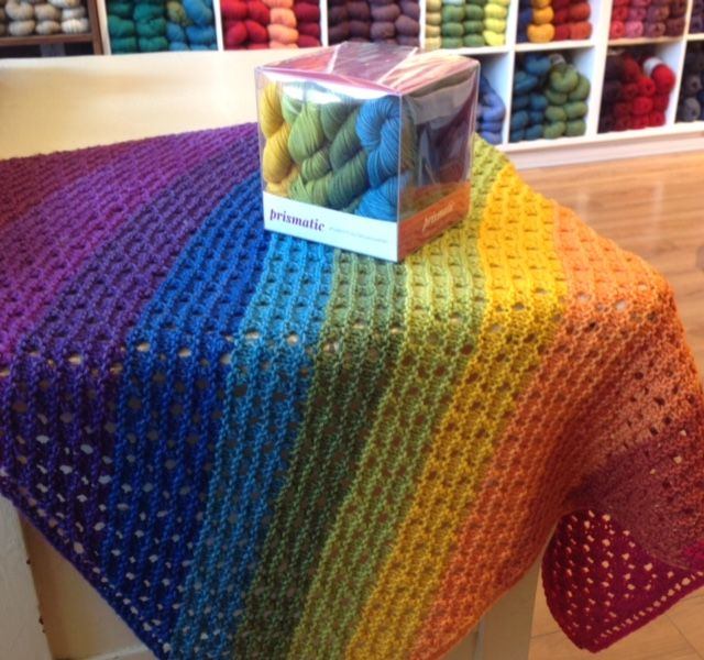 "<a href=""https://www.ravelry.com/projects/threebagsfull/rainbow-fields"">Rainbow Fields</a> © threebagsfull"