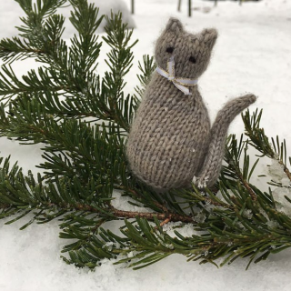 Holiday Hours and Rabbit Hole Knits Tiny Window Cat
