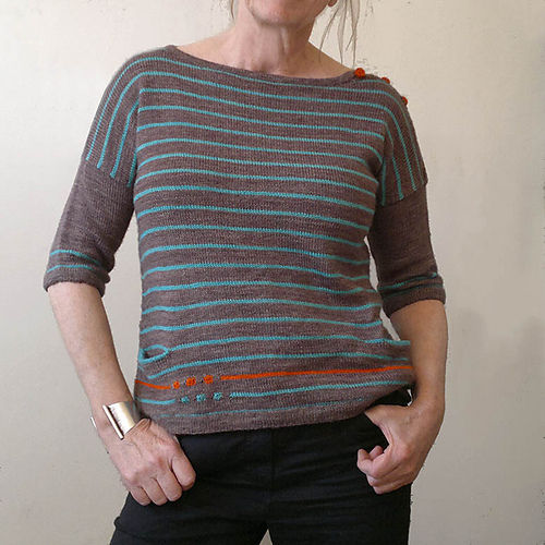 "<i><a href=""http://www.ravelry.com/patterns/library/to-be-continued"">to be continued</a> </i>Tee from Atelier Alfa"