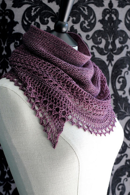 "<a href=""http://www.ravelry.com/patterns/library/henslowe"">Henslowe</a> Lace Shawl"