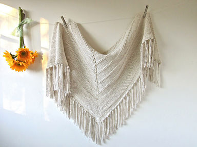 Farmhouse Shawl © cabinfour