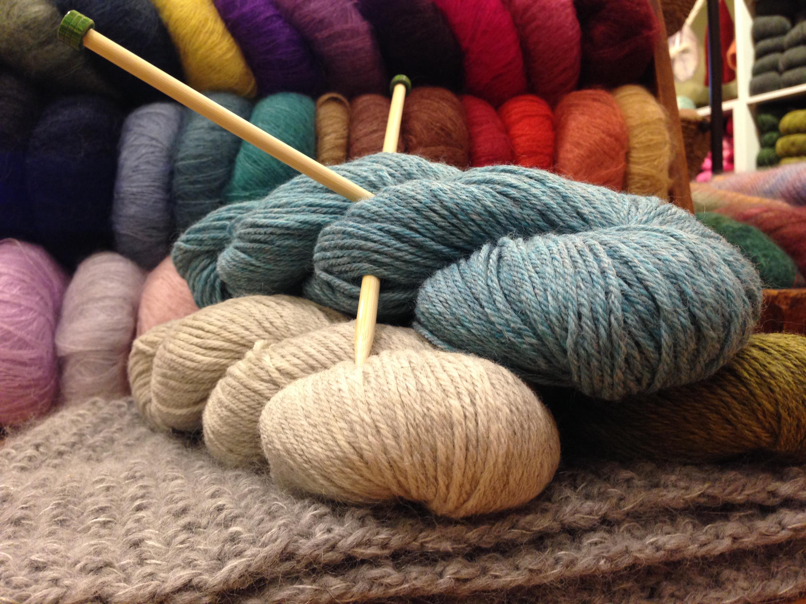 Knitting Lessons For Beginners : Beginner knitting three bags full yarn store vancouver